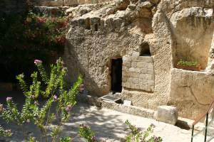 garden-tomb-door2